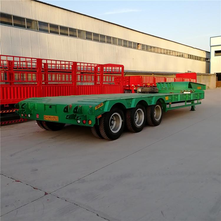 轻型12米栏板半挂车滴道区价格优势出口