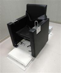 低压电动轨道车讯问椅新款/软包审讯用椅厂家