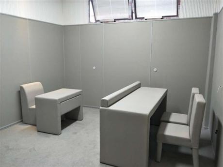 留置室软包基建阻燃流程-审讯室谈话室防火软包墙材料