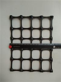 抗拉强度35kN/m双向拉伸塑料土工格栅外贸专用