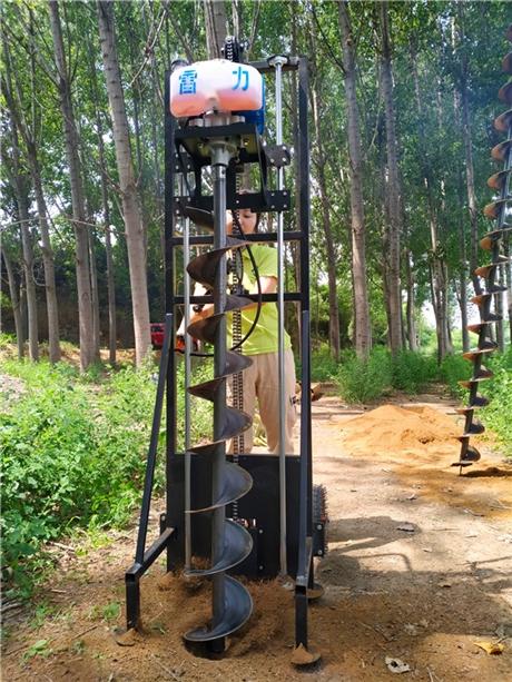 汽油挖坑机好用无恶劣工况