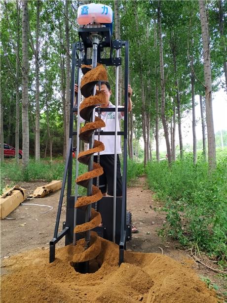 新式清桩芯掏土机可取大小桩孔泥