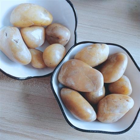 公司大量批发 别墅铺地鹅卵石  黄色鹅卵石   白色机制鹅卵石   黑色抛光鹅卵石 品质保证