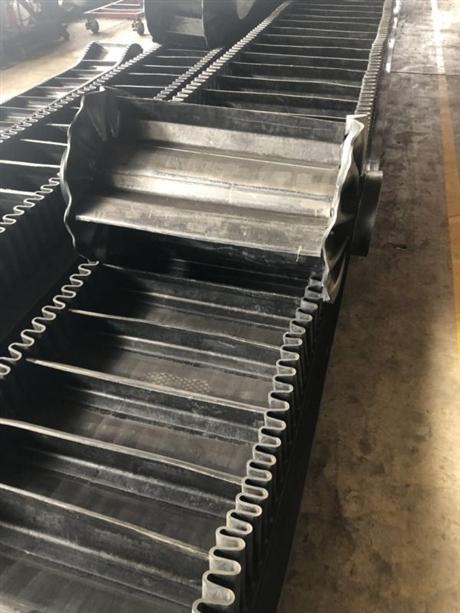 带隔板的波纹挡边运输带生产批发