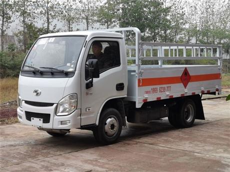 国六液化气瓶运输车厂家 了解跃进小型危货车价格 看过来