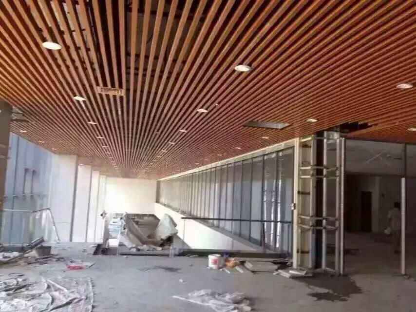 火车站弧形铝天花-弧形铝天花-梅州能用多少年