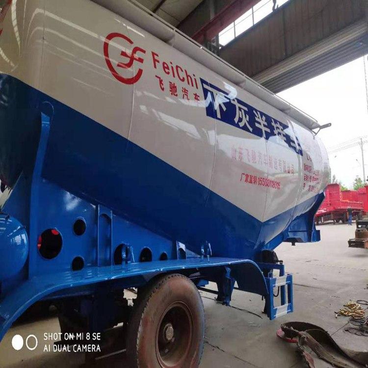 45立方水泥罐车载重几吨水泥
