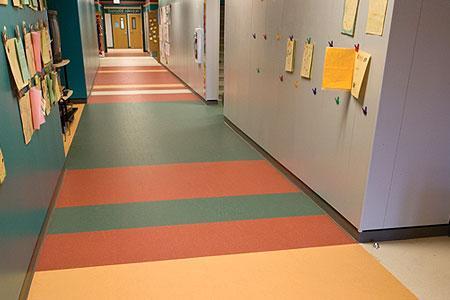 pvc塑胶跑道怎么安装,怎么保养地板使用寿命更长久