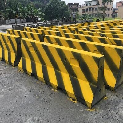 北京河北天津水泥隔离墩定制安装