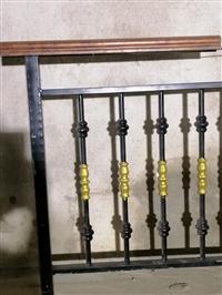 钦州楼梯扶手厂 用于阳台护栏 辉达铁艺 厂家定制安装