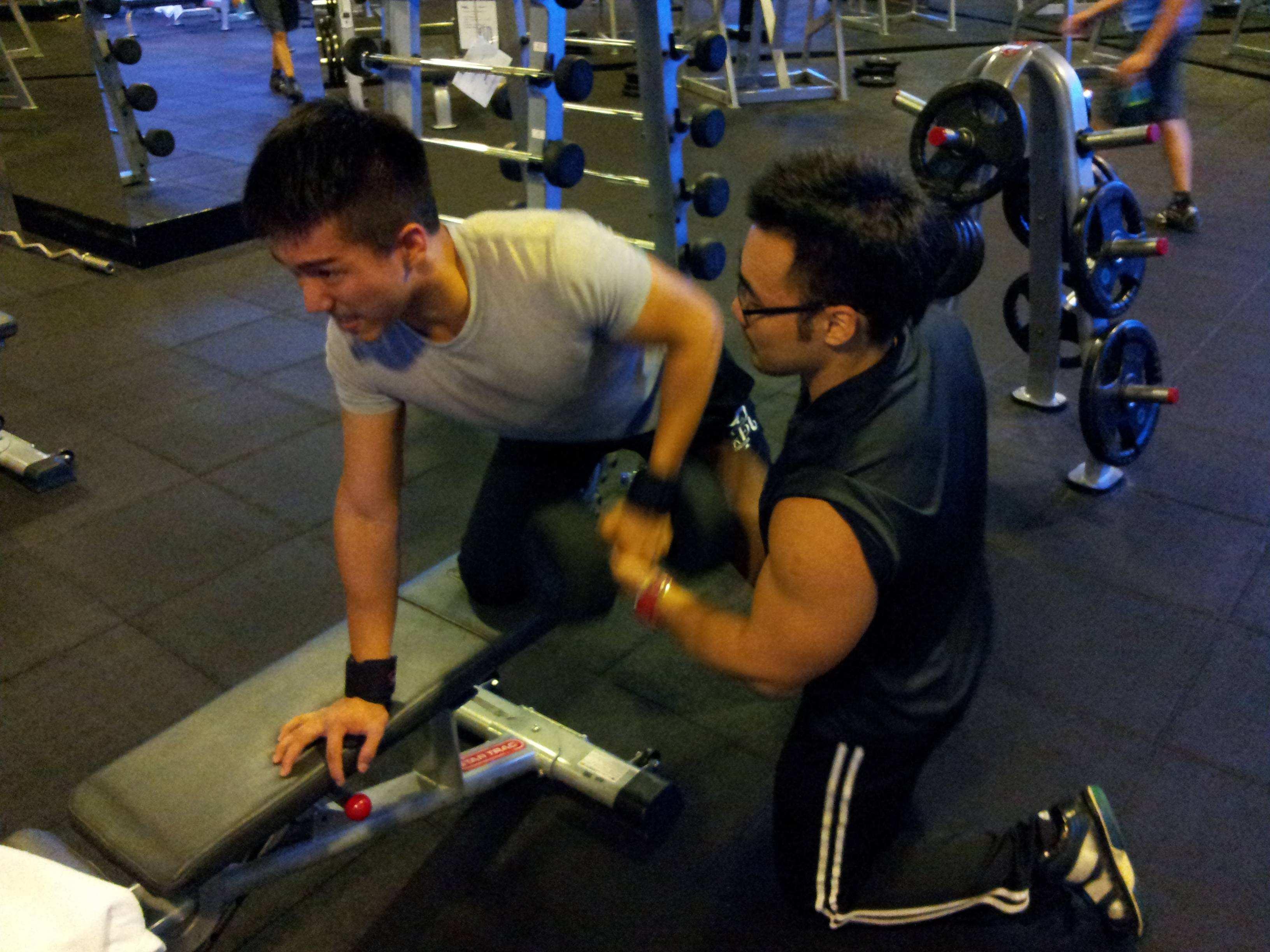 成都健身教练培训学习班靠谱吗