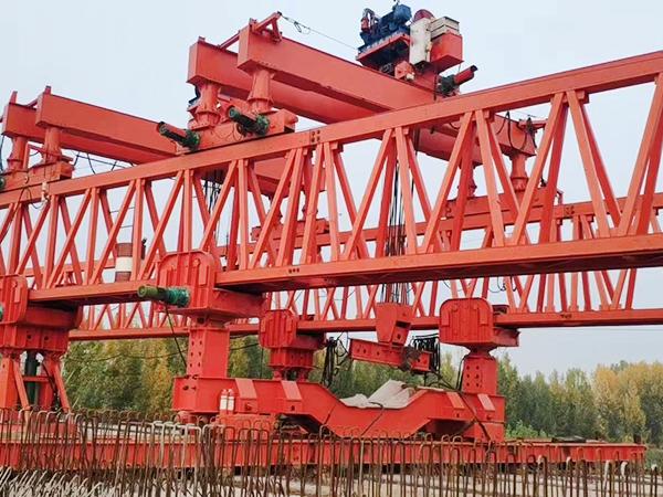 陕西西安架桥机租赁厂家 双梁架桥机匍匐前进