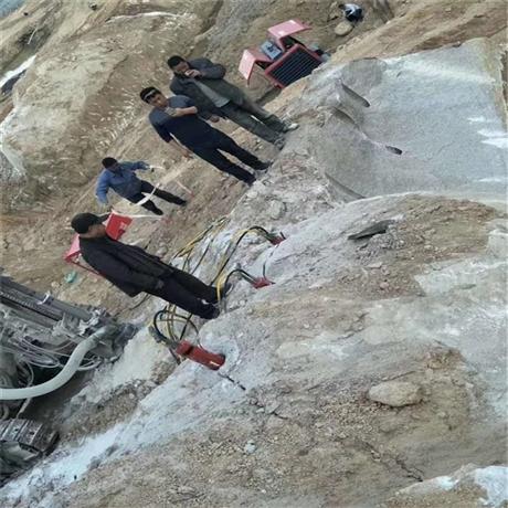 能快速裂石头办法 挖基础破碎硬石头机器