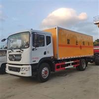 东风多利卡D9系列10吨6.2米易燃液体厢式车