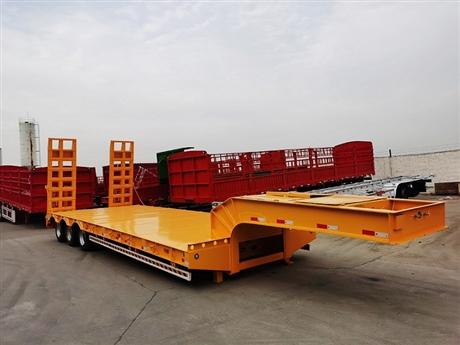 13米低平板拖挂车配置说明