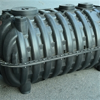 南阳街道厕改款 三格式化粪池 注塑PE塑料旱便化粪池