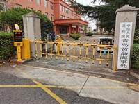 黄岛胶州城阳车牌识别停车场 维护升级经久耐用操作简单
