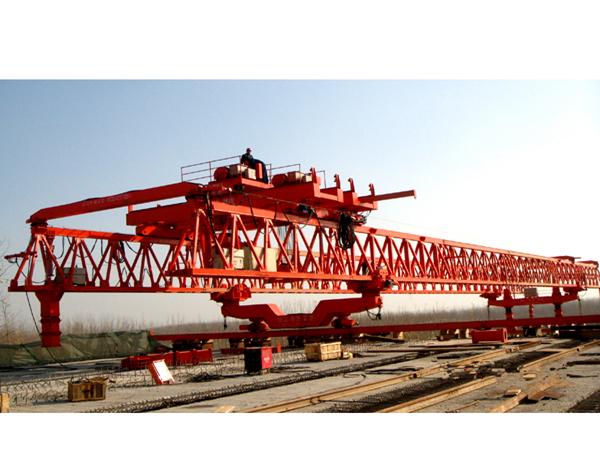 河北唐山架桥机出租厂家260吨架桥机价格