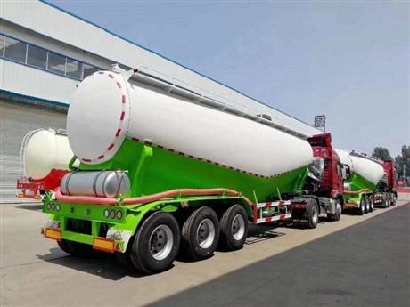 新型40立方散装水泥槽罐车厂家