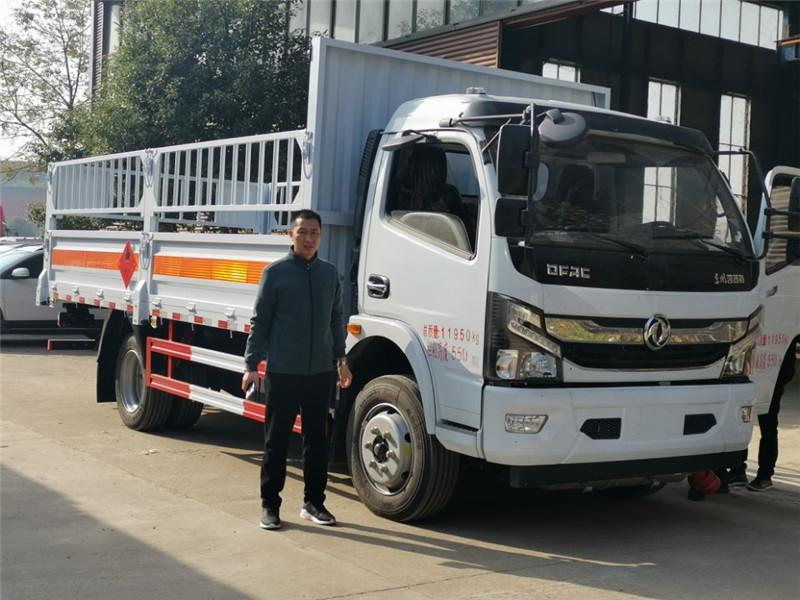 福建气瓶运输车,湖北虹昌达,东风多利卡液化气瓶运输车