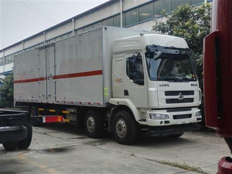 10吨 东风 柳汽 国六杂项危险物品厢式运输车