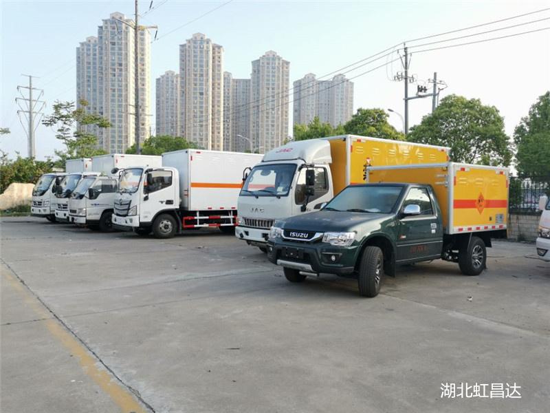 自贡爆炸品运输车,爆破器材运输车,交货期短,节约时间成本