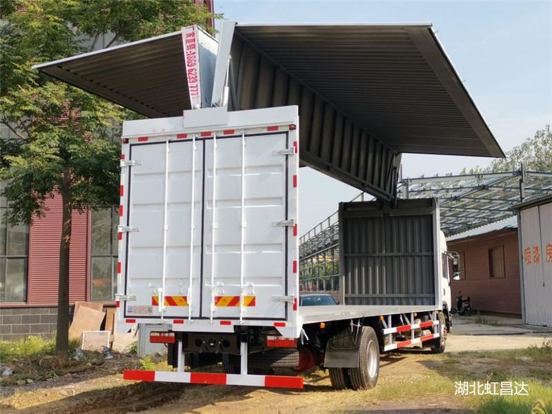东风翼展车 9米6三轴飞翼车 侧面可以打开的厢式货车