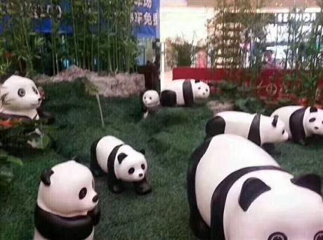 小猪佩奇出租,玻璃钢熊猫出租,厂家荧光秋千出租