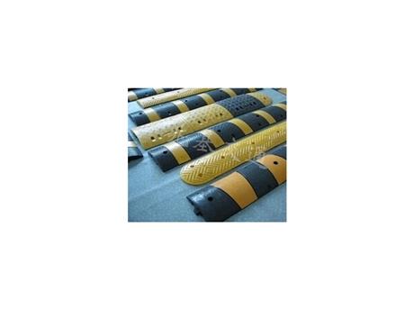 重庆减速带道路安装施工公司 橡胶减速带生产厂家销售价格