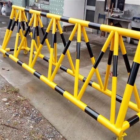 河南申济工厂直供支持定制批发可移动防撞拒马护栏