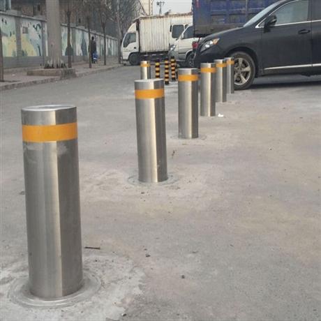 河南申济工厂直供支持定制批发不锈钢警示防撞路桩