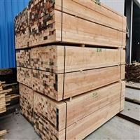 建筑木方国家标准 4x8的木方一条  建筑用方木批发白松