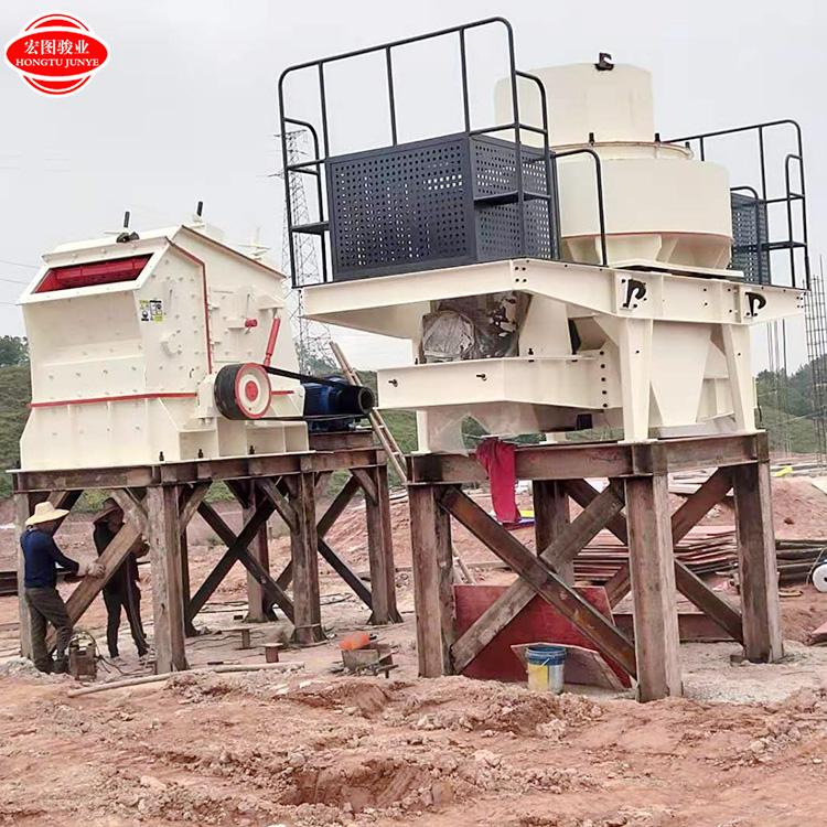 100吨石料生产线 一体式移动式破碎机 大型石子生产线