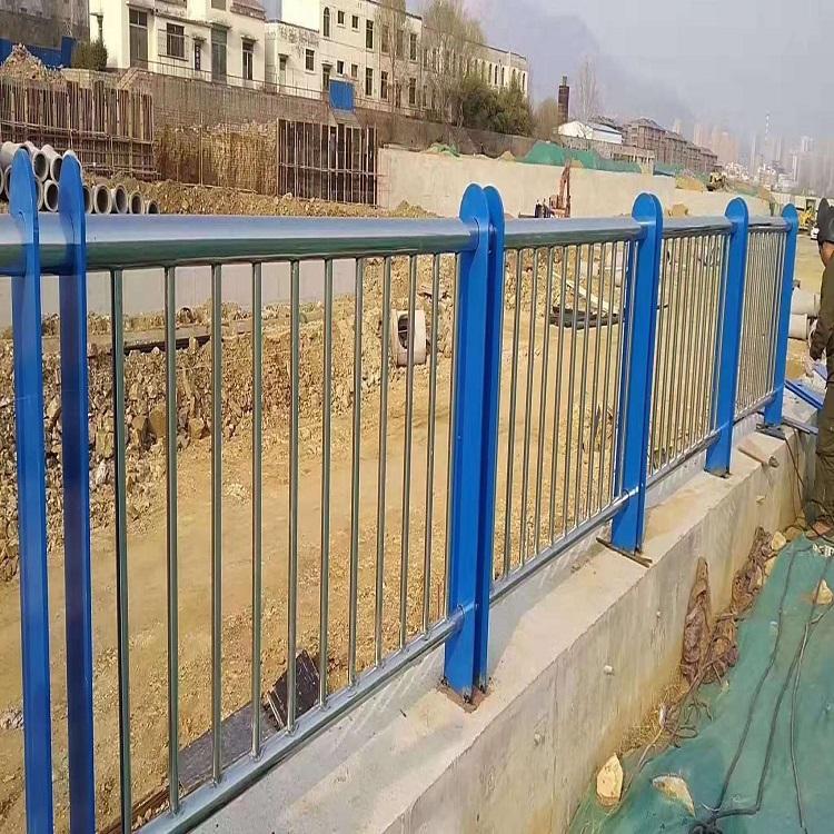 葫芦岛 桥梁护栏 防撞栏杆价格 价格一米怎么算