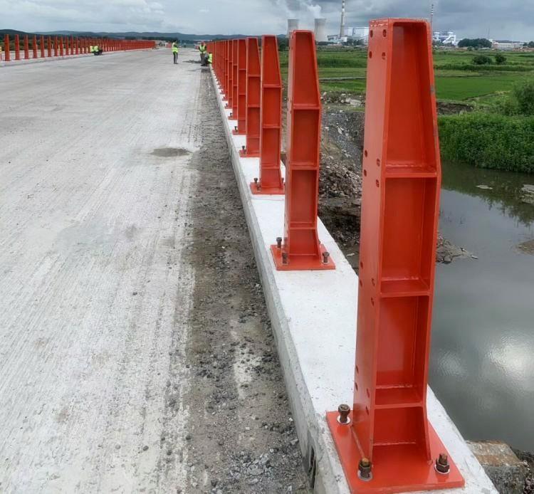 葫芦岛长江桥梁护栏不锈钢复合管栏杆维护起来比较容易2021